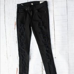 Rag and Bone size 30 distressed black jeans